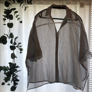OVERSIZED STRIPED ANTHRO TOP RUFFLE SLEEVES